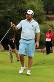 El favorable golfista para hombre Richard Sterne acabó el suyo puesto en noviembre de 2015 Foto de archivo