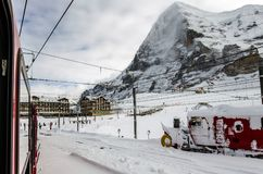 18 01 031 el ferrocarril de Jungfrau: Estación de Kleine Scheidegg fotos de archivo libres de regalías