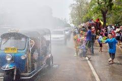 El festival de Songkran se celebra en un día de Año Nuevo tradicional Imágenes de archivo libres de regalías