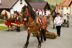 El festival internacional del folklore en Eslovaquia foto de archivo