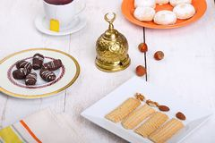 El Fitr伊斯兰教的宴餐曲奇饼  免版税图库摄影
