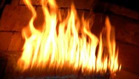 El flamear del fuego Imágenes de archivo libres de regalías