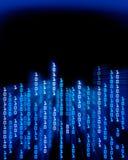 El fluir de los datos del código binario Fotos de archivo