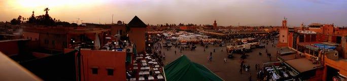 EL Fna, Marrakech, coucher du soleil de Djemaa photos libres de droits