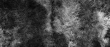 El fondo abstracto oscuro blanco y negro de la acuarela para los fondos de las texturas y las banderas de la web diseñan imagen de archivo