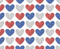 El fondo con los corazones del rojo, el azul y la plata brillan, modelo inconsútil Fotografía de archivo libre de regalías