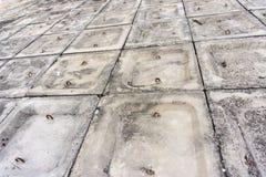 El fondo concreto gris del modelo del terraplén fotos de archivo
