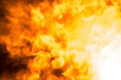 El fondo de la abstracción con el fuego amarillo-naranja señala por medio de luces los círculos Fondo de la abstracción de la Nav Imágenes de archivo libres de regalías
