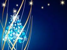 El fondo de la Navidad, copos de nieve de Bokeh, fondo azul, bola roja, árbol de navidad backgrounred Imagen de archivo