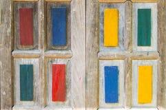 El fondo de madera colorido de la ventana imagen de archivo libre de regalías