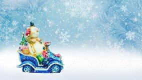 El fondo del invierno con un muñeco de nieve, la nieve y los copos de nieve 3d rinden ilustración del vector
