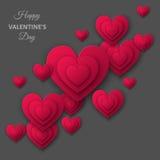 El fondo gris feliz del día de tarjetas del día de San Valentín con rosa cortó el corazón de papel Imagen de archivo