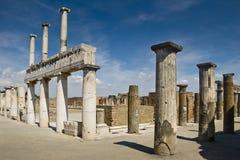 El foro en Pompeya, Italia fotografía de archivo libre de regalías