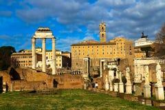 El foro romano Foto de archivo libre de regalías