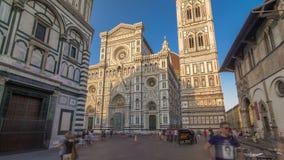 El frente del hyperlapse del timelapse de Santa Maria del Fiore de los di de la basílica que es el Duomo de la iglesia de la cate metrajes