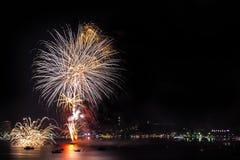 El fuego artificial anual más grande fue mostrado Imagen de archivo libre de regalías