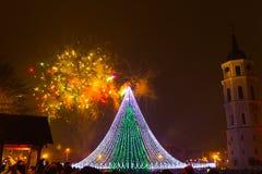 El fuego artificial principal en Lituania en el Año Nuevo Fotografía de archivo libre de regalías