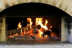 El fuego del horno es Lit Imágenes de archivo libres de regalías