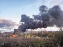 El fuego en el camino de Redhills de la fábrica alimenta en Trent Fotografía de archivo libre de regalías