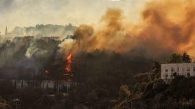 El fuego en la ciudad Imagen de archivo libre de regalías