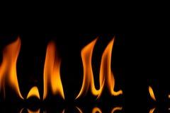 El fuego flamea el fondo imágenes de archivo libres de regalías