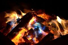 El fuego nocturno Foto de archivo libre de regalías