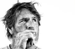 El fumar del hombre Imágenes de archivo libres de regalías