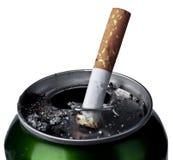 El fumar y cerveza Imagen de archivo libre de regalías