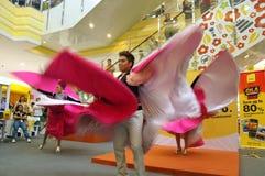 El funcionamiento contemorary de la danza Imagen de archivo libre de regalías