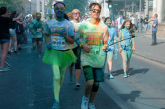 El funcionamiento del color es una raza recibida mundial de la diversión Foto de archivo