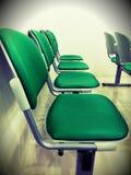 El funiture de las sillas del verde sienta la rotura Imagen de archivo