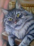 El gato peludo Maine Coon miente en la tabla Retrato de un pintor de aceite ilustración del vector