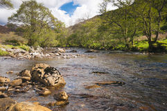 El a Ghlinne Bhig de Abhainn del río Imagen de archivo libre de regalías