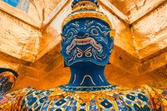 El gigante en Emerald Buddha, Bangkok, Tailandia Fotografía de archivo