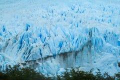 El glaciar más grande de la montaña de Perito Moreno en el mundo fotos de archivo