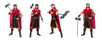El gladiador que sostiene el hacha aislada en blanco Fotografía de archivo