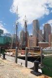 El goleta de Roseway en el puerto de Boston Imagen de archivo libre de regalías