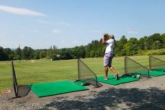 El Golfing en la gama Fotos de archivo