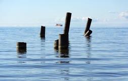 El golfo de Finlandia con el mar del agua azul en el horizonte, navegando Fotografía de archivo