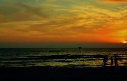 El Golfo de México cerca de la puesta del sol pintoresca fotos de archivo libres de regalías