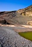 EL Golfo Lanzarote - lago verde. Fotografia de Stock