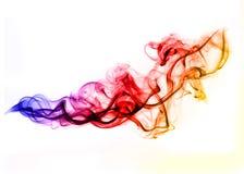El gradiente coloreado fume sobre blanco fotografía de archivo libre de regalías