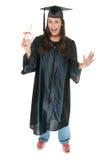 El graduado de la mujer joven recibe imagen de archivo
