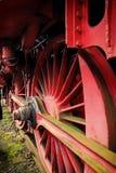 El grande, ruedas del hierro de una locomotora de vapor vieja Fotografía de archivo libre de regalías