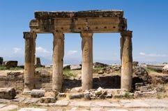 El griego clásico y la ciudad romana de Hierapolis Fotografía de archivo