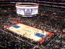El grifo de Clippers Blake sostiene la bola para arriba que mira Imagen de archivo libre de regalías