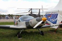 El gris se divierte los aviones de la compañía checa BRM aero- Bristell en t Fotografía de archivo