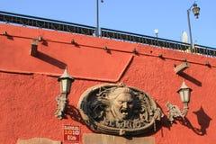 """""""El Grito De Dolores† meksykanina ściany metalu dekoracja na słońcu obrazy royalty free"""