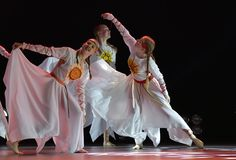El grupo abierto de la danza del ` s de los niños de la danza Festival-2016 realiza eslavo Fotografía de archivo libre de regalías