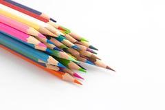 El grupo de múltiplo colorea el lápiz de madera en blanco Imágenes de archivo libres de regalías